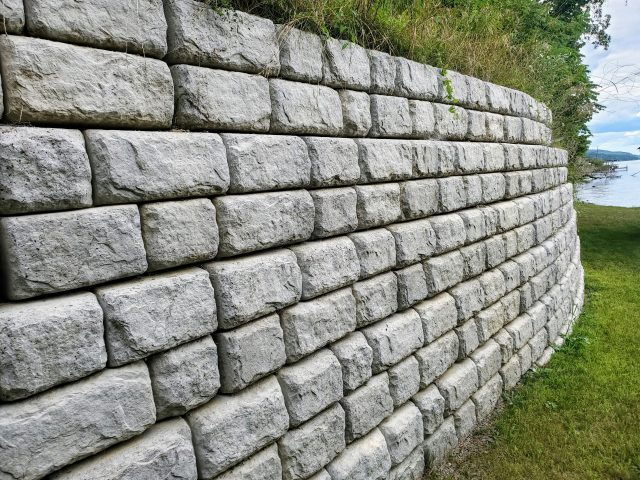 Sea & Retaining Walls